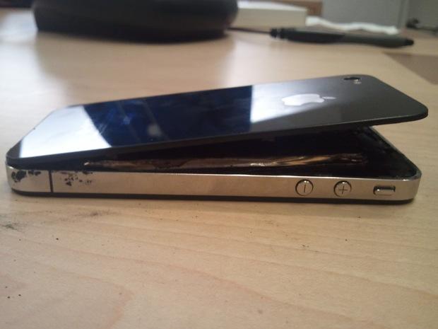 Apple News Österreich iPhone 4, iPhone 5, Zerbrochen, explodiert Akku