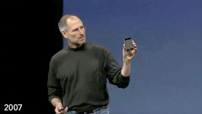 2007-ipod-touch-steve-jobs-pocket-ipod-evolution