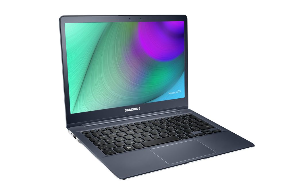 Samsung_ATIV_Book_9_front_left_side_angle.0