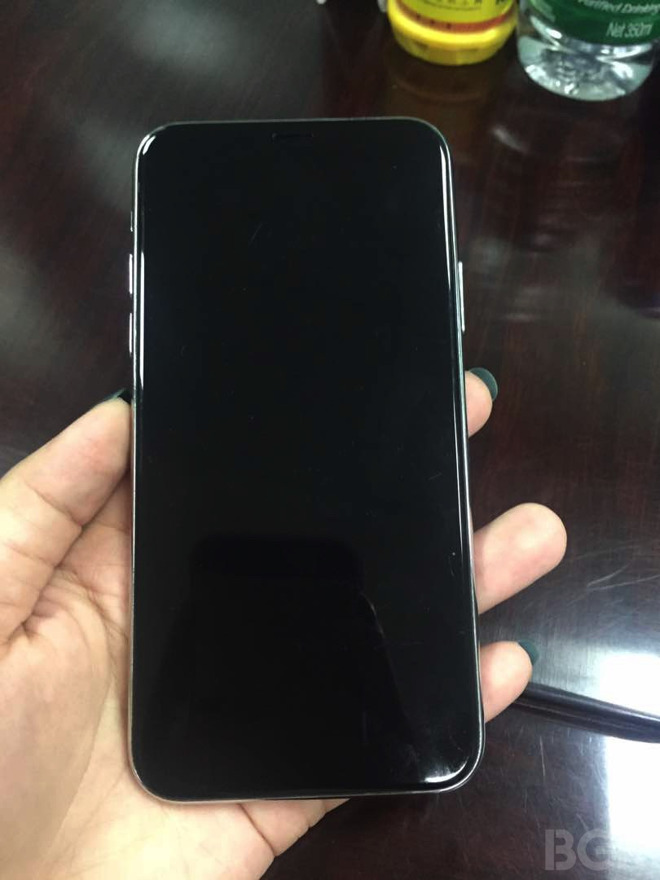 21362-24306-bgr-iphone-8-mockup-1-l